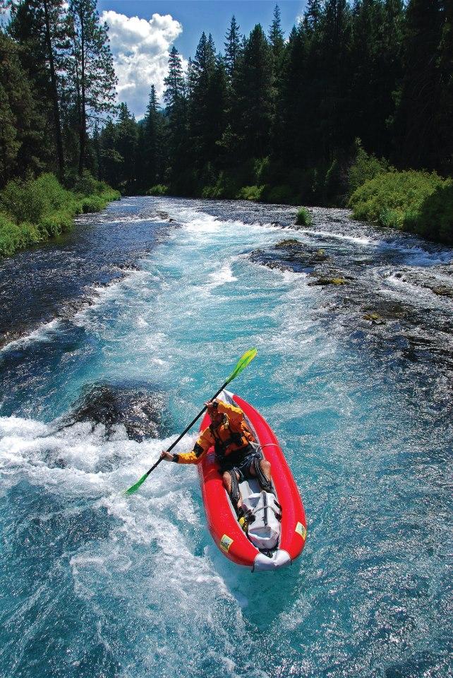 Kayaking the Metolius by Leon Werdinger