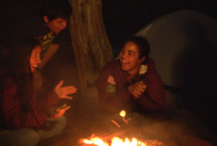 Kids around a campfire in the Ochoco Mountains
